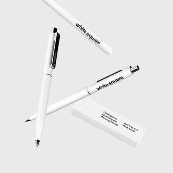«Белый квадрат» утвердил фирменный стиль